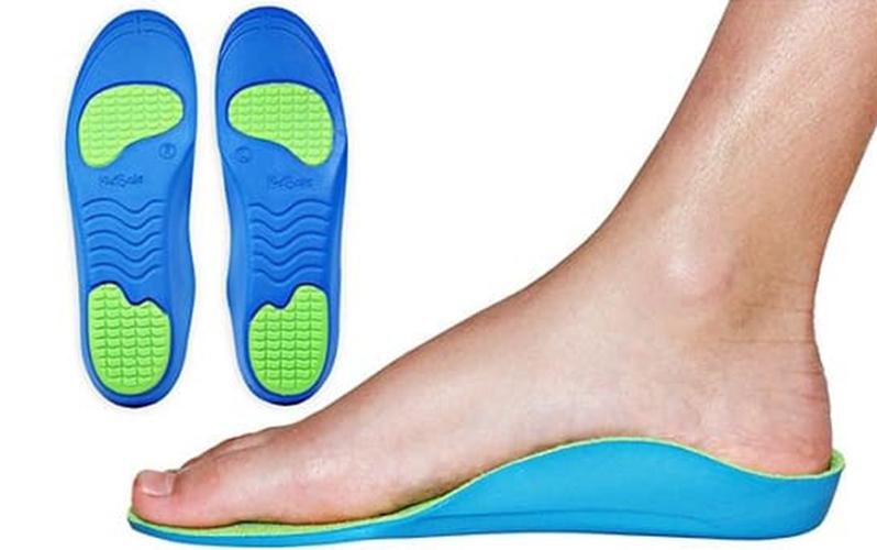 کفی طبی و یا کفش طبی برای خار پاشنه