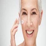 چرا وقتی ۵۰ ساله می شویم پوستمان خشک می شود؟